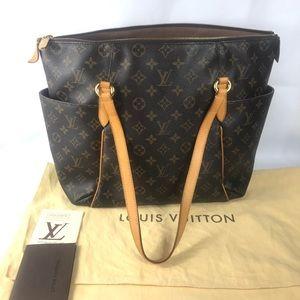 RARE Totally mm Louis Vuitton